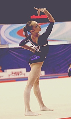 Vika (artisticgymnastics)