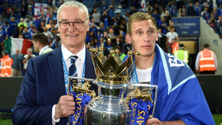 Marc Albrighton has said the Leicester players cannot let down manager Claudio Ranieri