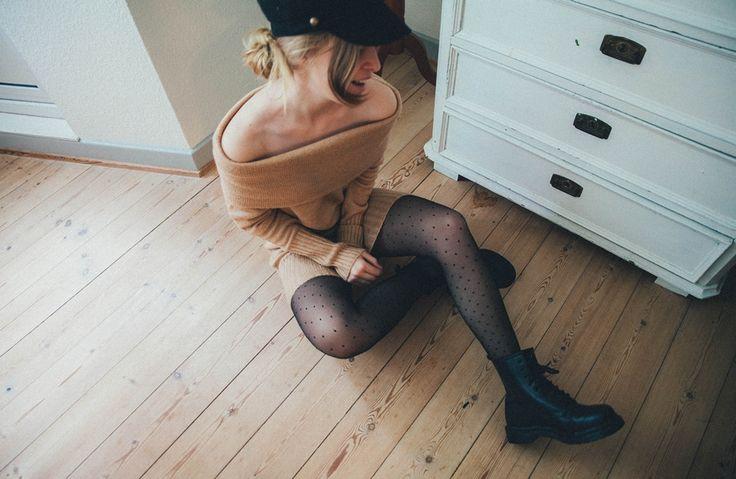 #offshoulder #knitdress #knit #dress #tights #drmartens #drmartensboots #hat #jumper #sweater #hairdo #hairdos #hairstyle #bun