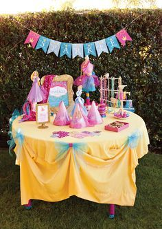Sparkle Station For HWTMs Sparkly Disney Princess Dream Party Free Printables