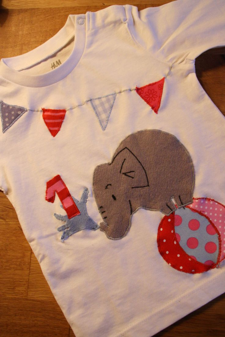 Selbst gestaltetes Geburtstagsshirt  http://mamitilli.blogspot.de/2014/02/nachtliche-verwandlungen.html