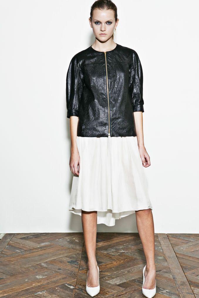 kiminori morishita garments lab inc. — womens A leather jacket is a stretcher…