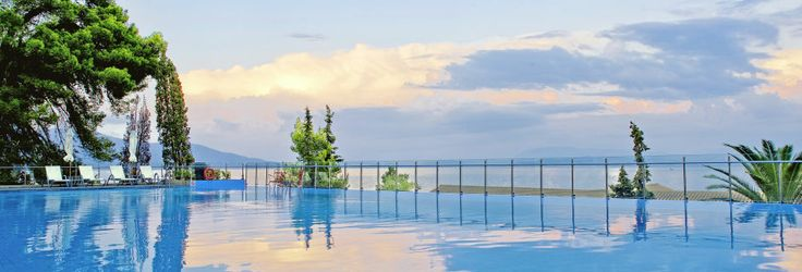 Pool på Hotel Kontokali Bay i Gouvia & Kontokali på Korfu