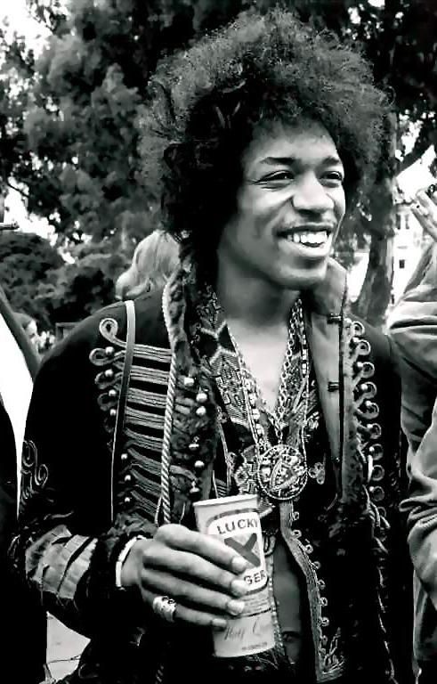 #JimiHendrix http://ozmusicreviews.com/the-sad-passing-of-amy-winehouse More