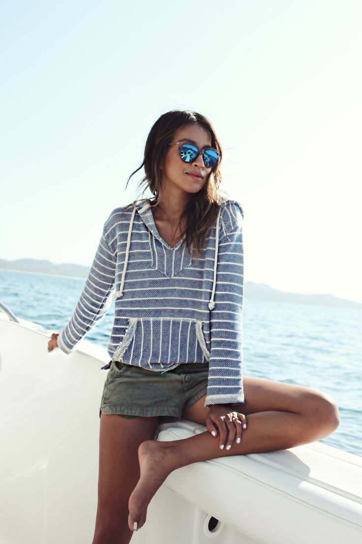 Coastal cruisin' in Costa Rica with Sincerely Jules || Wearing the 'Simply So' Hoodie