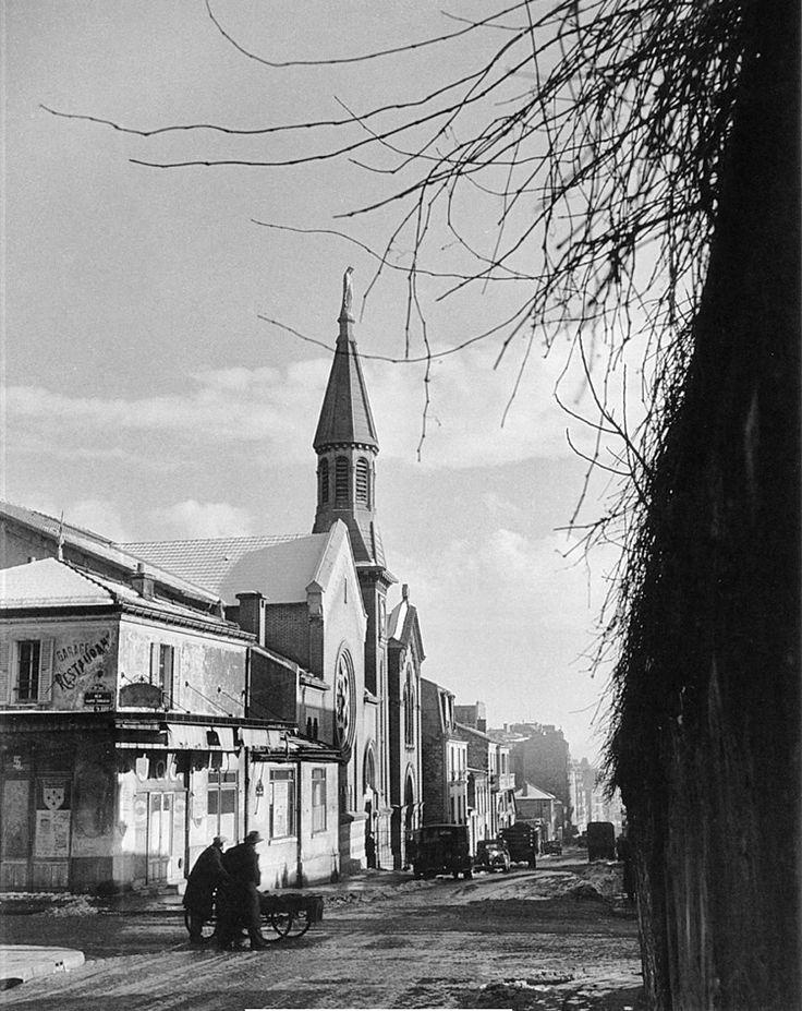 Rue Pelleport - Rue Saint-Fargeau - 1954 - Belleville-Menilmontant © Willy RONIS