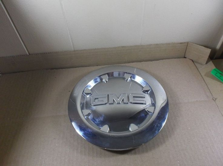2007 - 2010 GMC Yukon Denali Sierra Chrome Wheel Center Cap P/N 9596381 oem H4 #FactoryOEM