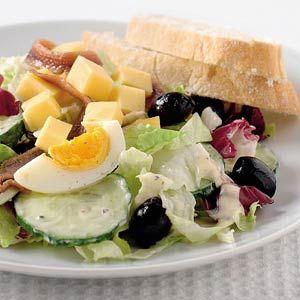 Recept - Italiaanse salade met ansjovis - Allerhande