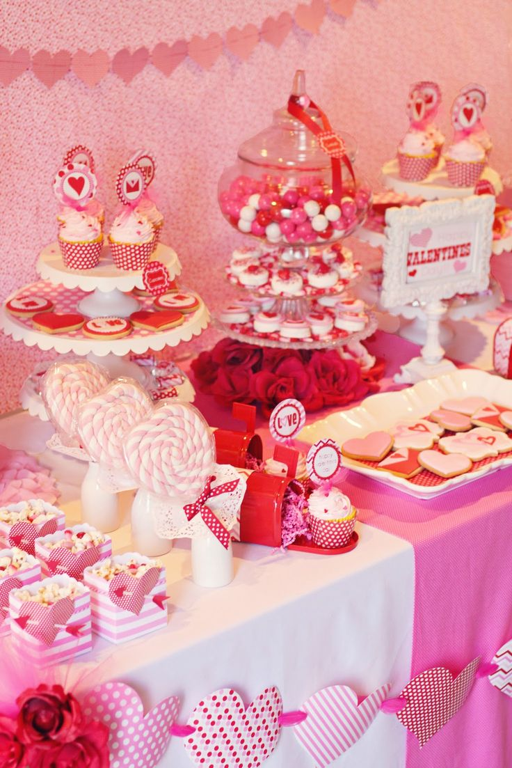 Valentines Day Dinner Party Ideas Part - 31: Decoration, Pink Picture Color Designs Looks So Nice Table Ideas Valentines  Day Party Decoration Small Some Candy Delicious Food Cake Picture Nice: The  ...
