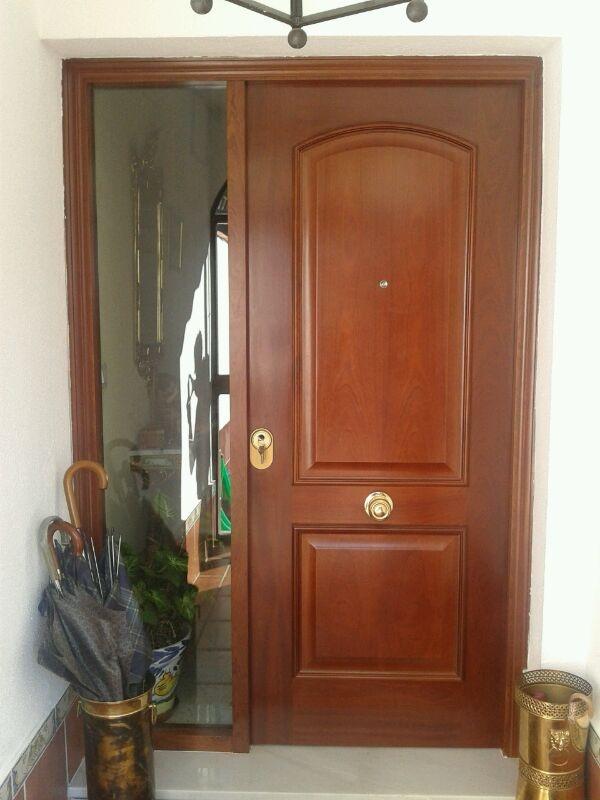 Puerta blindada modelo 84 fv sapelly rameado con fijo con for Puertas minguela