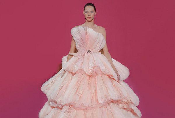 بالصور فساتين خطوبة منفوشة ع الموضة 2020 Dresses Fashion Victorian Dress