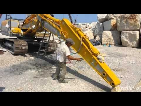 76 best airless images on pinterest handgun slab doors and cart verniciatura escavatore con pompa a membrana youtube painting excavator with diaphragm pump ccuart Gallery