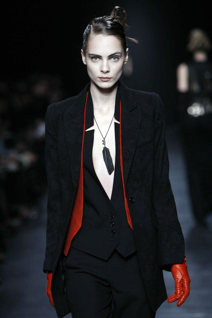 Red accents, Ann Demeulemeester.