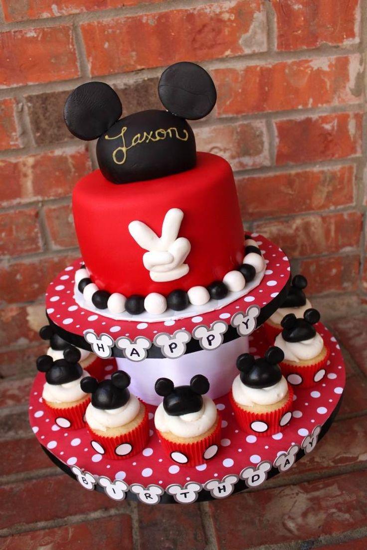 gâteau d'anniversaire bébé sur le thème de Mickey Mouse en rouge,noir et blanc