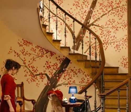 The charming townhouse in Windsor Gardens from the movie Paddington | hookedonhouses.net cheery tree mural entry