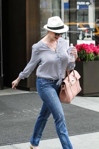 Christina Hendricks Leaving Her Hotel The Trump Soho And