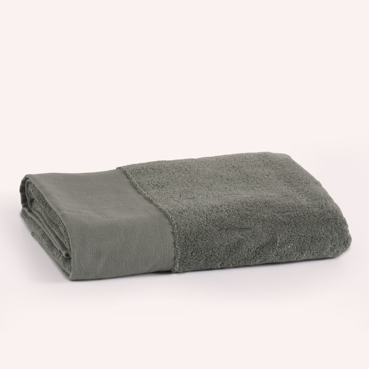 Coco-Mat towel Cassiope in olive