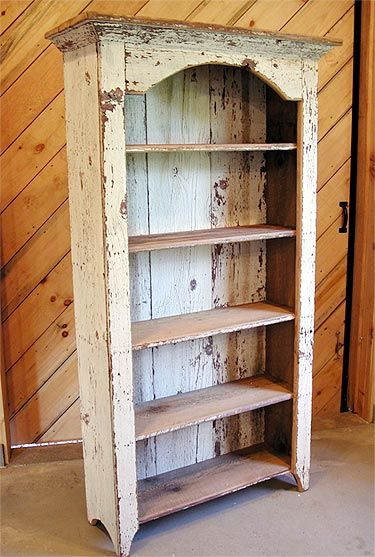 Bookshelf made from salvaged wood - inspiration.