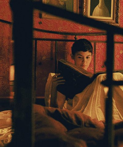 Audrey Tautou in Amelie (directed by Jean-Pierre Jeunet, 2001)