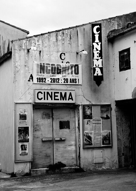 La rochelle paris old cinema