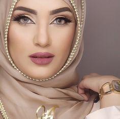 Pinned via Nuriyah O. Martinez | Tan Coloured Hijab Egypt i love her eyebrows