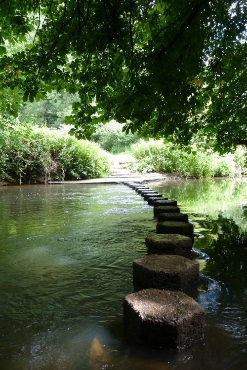 water view @ the river mole, surrey, england - may, spring 2013  - via anna ferenczy #rivermole #river #path