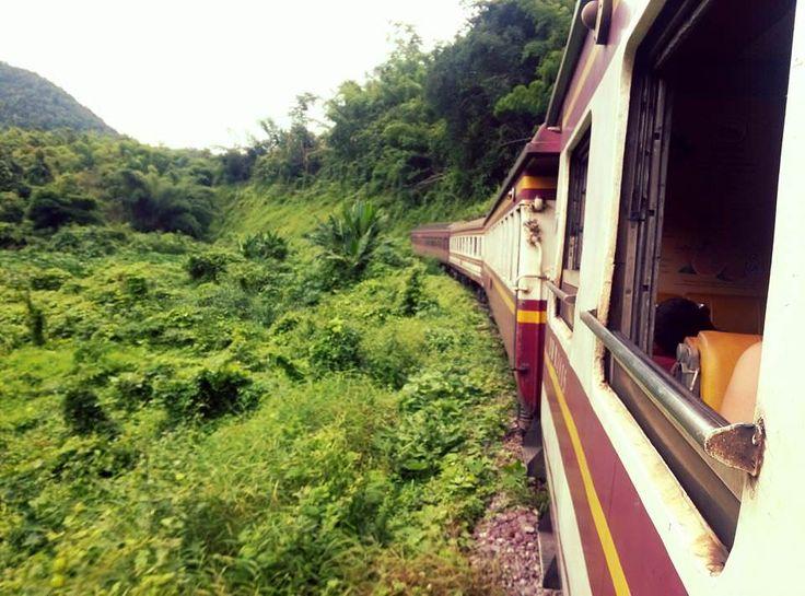 Tren nocturno Bangkokg- Chiang Mai. El viaje me hizo a mi. Blog de viajes