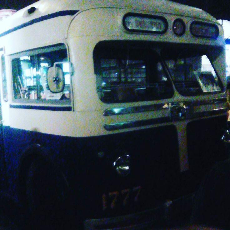 Динозаврик. Троллейбус ЗиУ-5 1964 год. #деньгородамосква #деньгорода #москва #троллейбус #ссср #зиу
