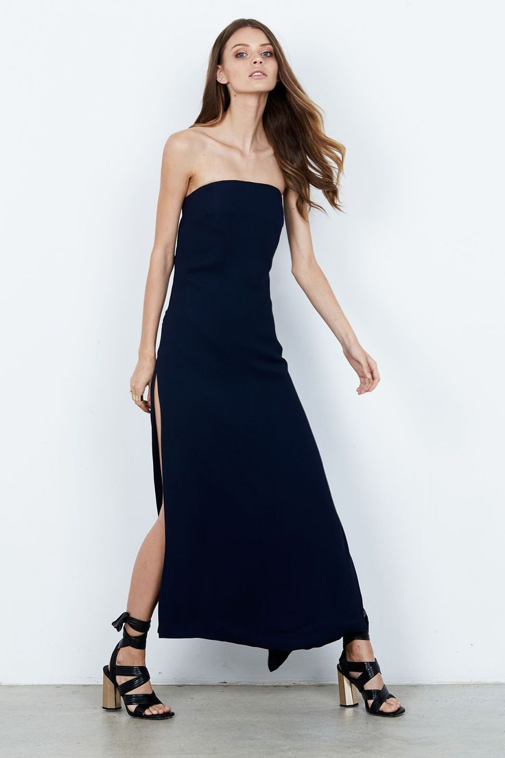 ISLA  - Label Discovery Midi Dress Navy