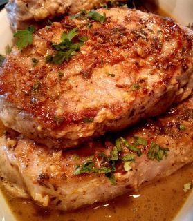 Lemon Garlic Pork Chopshttp://myfridgefood.com/recipes/entree-pork/lemon-garlic-pork-chops