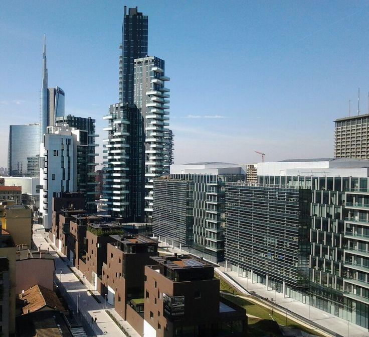 Milano, via Joe Colombo - P.ta Nuova