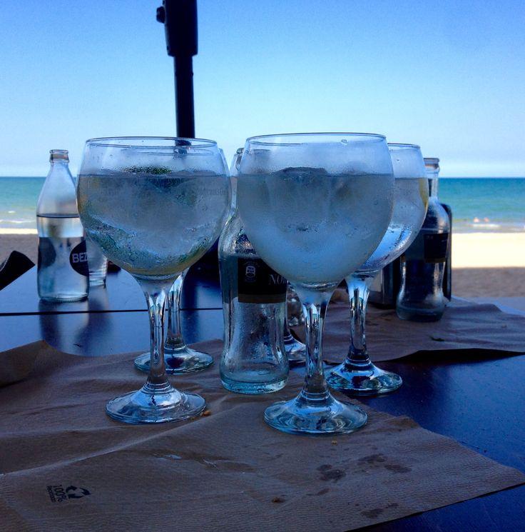 Ukelele Bar #gintonic #beach