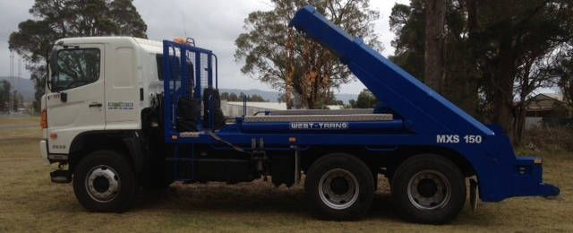 Aussie bins provide skip bin services in Brisbane, Ipswich, and surrounding areas and we do it with pride! We don't claim to be the cheapest or the fastest!
