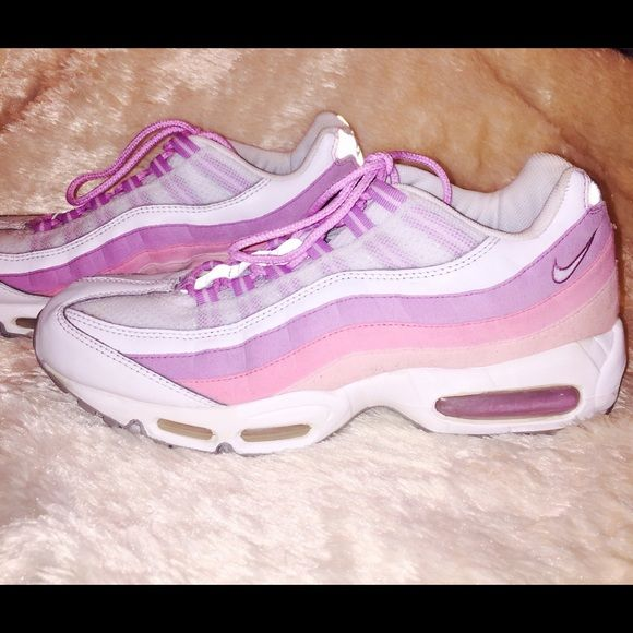 "Nike Air Max '95 Rare Nike Air Max ""95 pink/light purple themed shoe. Looks great with jeans or your favorite Nike sportswear! Nike Shoes"