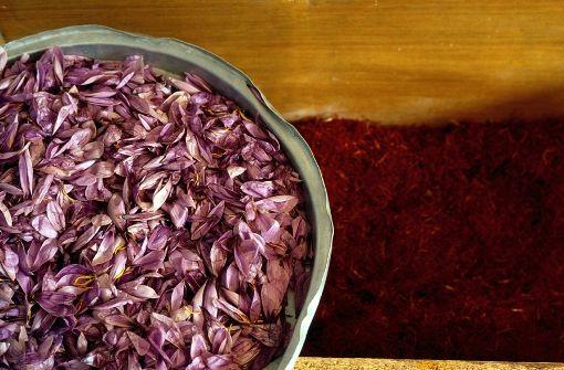 VISIT GREECE  Kozani Crocus.  The world's most unique and precious spice!
