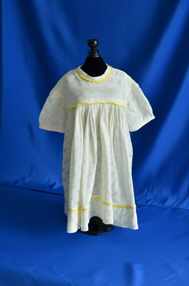 1940's Never-Worn Vintage Handmade BABY DRESS - puff sleeves - button up back by MadeByGrandmasHands on Etsy