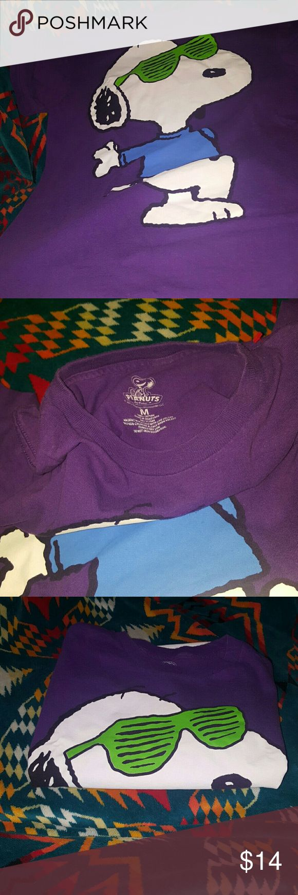 SNOOPY STUNNA SHADES T SHIRT PURPLE SNOOPY T SHIRT MEDIUM PEANUTS BRAND T SHIRT PURPLE STUNNA SHADES 100 % COTTON Peanuts Tops Tees - Short Sleeve
