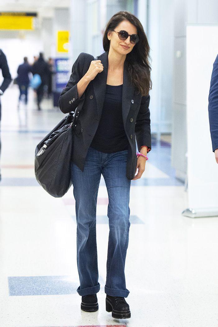 Penelope Cruz airport