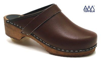 Amazon.com: World of Clogs AM100 Brown leather Swedish Unisex Wooden Clogs: Shoes
