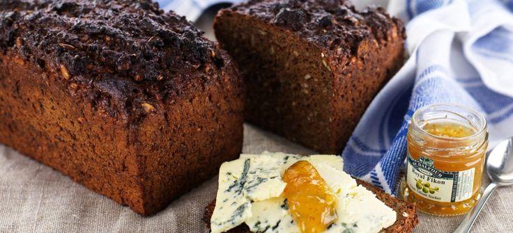 Ett grovt & gott bröd, med lång hållbarhet! Kan varieras efter tycke och smak, byt gärna ut solrosfrön mot pumpakärnor eller russin....