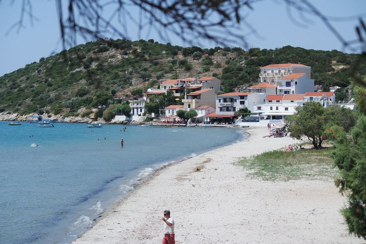 Strand von Psili Amos