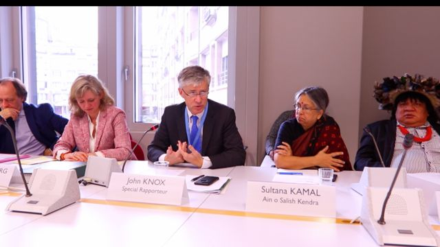 John H. Knox was invited on 9 March 2017 at the International Environment House to present his report on the relationship between Human Rights and Biodiversity. He described the importance of ecosystem services and biodiversity for the full enjoyment of human rights and emphasized the Human rights obligations. His words were supported and clarified by Almir Narayamoga Surui and Sultana Kamal © crédit photo : Jaime Benicio Neto