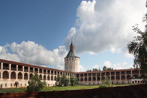 Крепость-монастырь. Кириллов