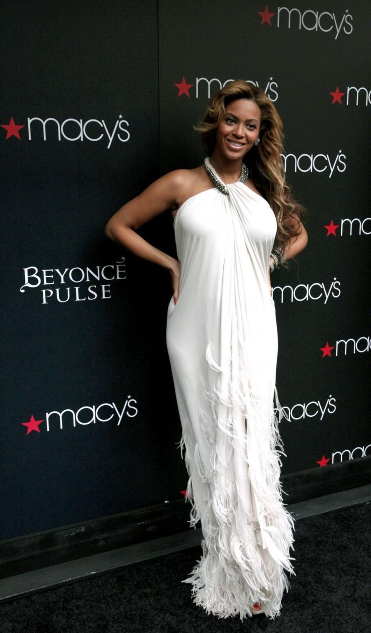 Beyonce in white dress #angelic