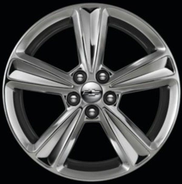 Personalize your Cruze with these 17-inch 5-Spoke-Flared Chrome Chevrolet Accessory Wheels.