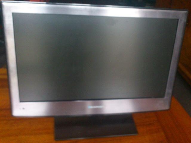 Blaupunkt B215A173TCFHDD 55,9 cm (22 Zoll) FullHD LED  Fernseher / PC Bildschirm