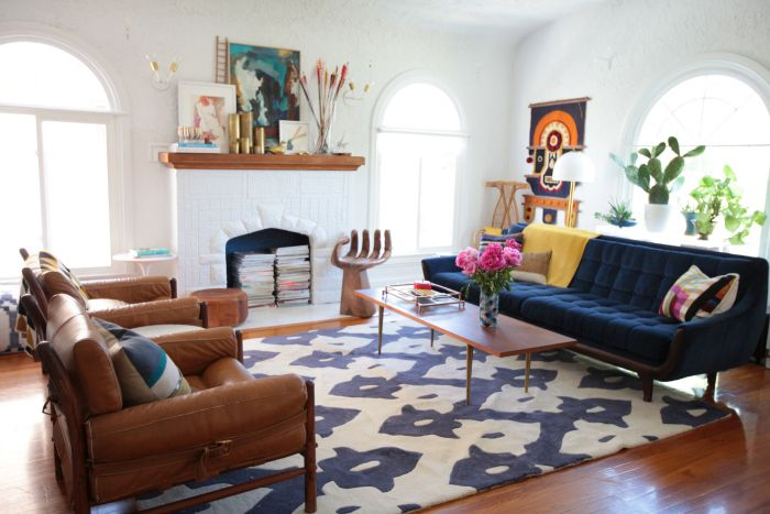 How to Choose a Rug Size for Living Room Trellis