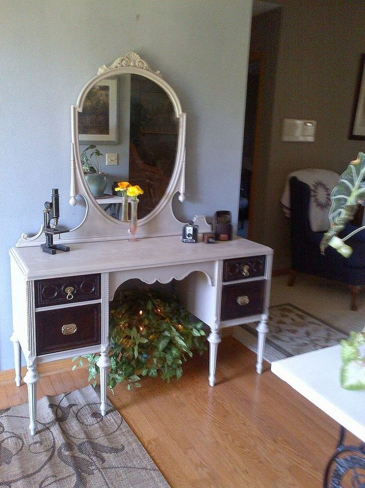 New Life to an Old Vanity