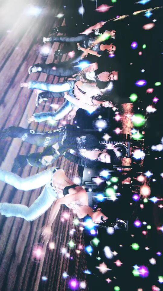 Une soirée chez les Tarés !!! #story #imvu #dance #josse #albissa #rose #kwa #juju #alex  ♬  mzlleella - son original