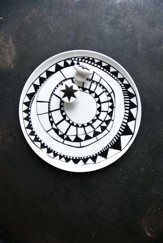 Méchant Design: Monochrome